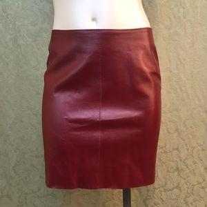 Burgundy red 100% leather skirt Bebe 4